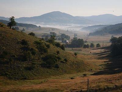 Vista del Blues Grass Valley (casa en el centro de la foto)