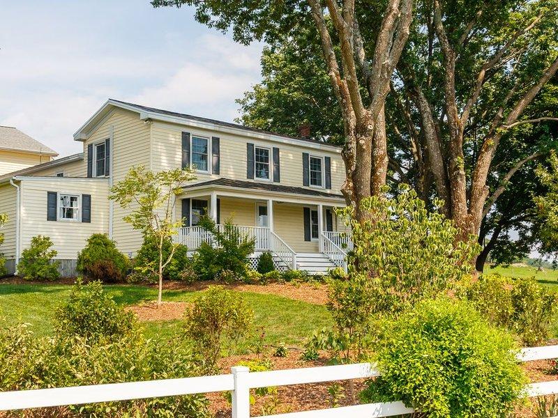 South River Guest House, location de vacances à Graves Mill