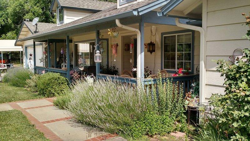 Blackberry Creek Vacation Home Rental, location de vacances à Ahwahnee