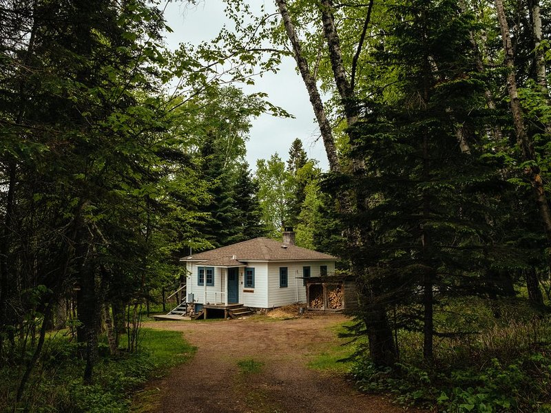 Cottage Charm in the North Woods of Lutsen!, holiday rental in Lutsen