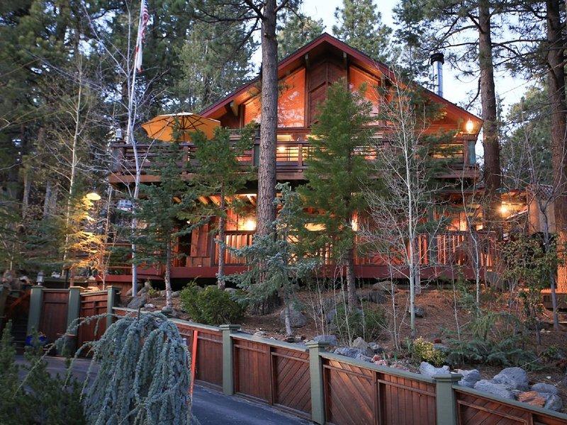 The Pinnacle of Luxury.  Relaxation and Rejuvination You Deserve, aluguéis de temporada em Big Bear Lake