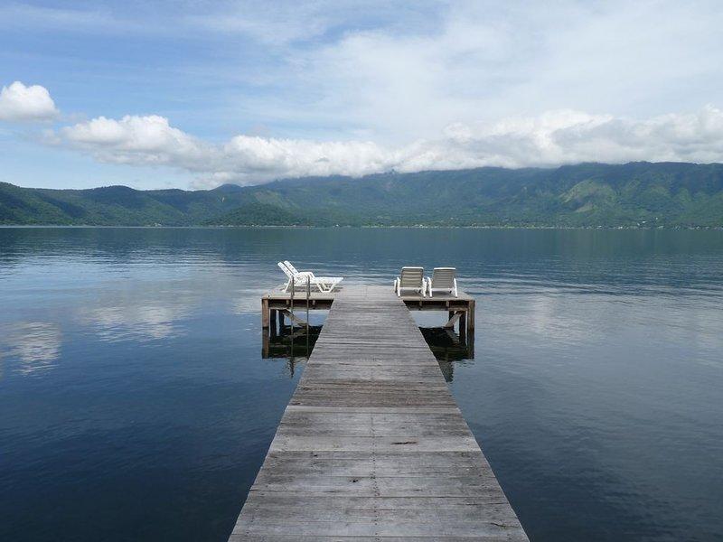 Sunning deck, au bord du lac