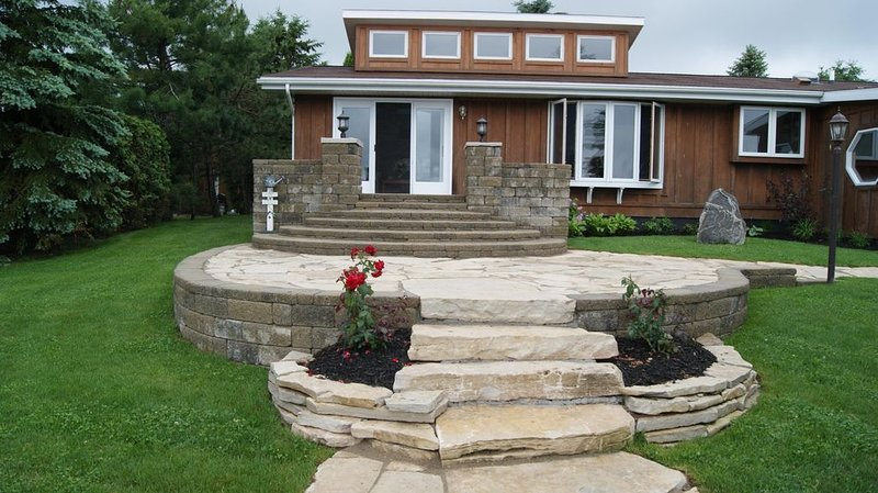 Wonderful Michigan Home on St, Mary's River!, holiday rental in Sault Ste. Marie