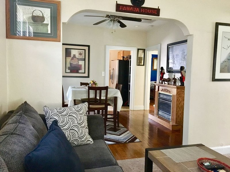 Private, and Cozy 3 Bedrooms Home - Faraja House, holiday rental in Newport News