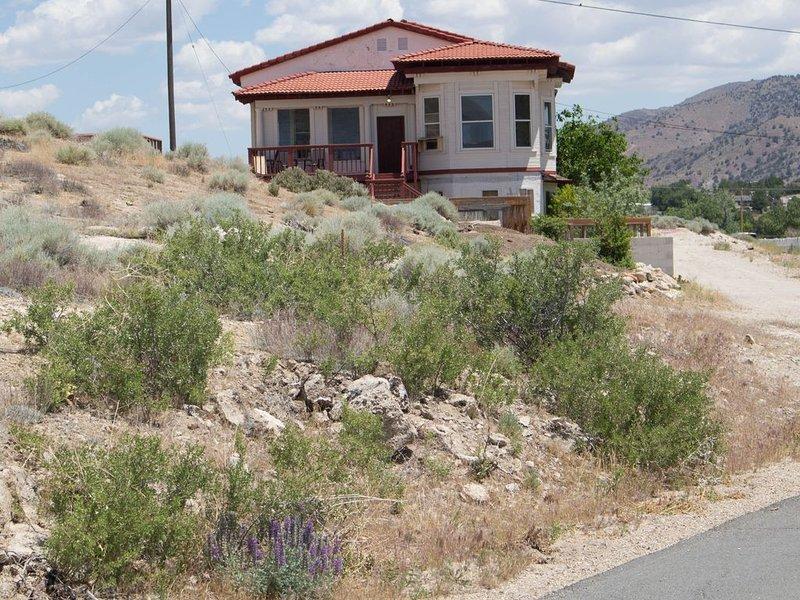 Vintage house at natural Hot Springs, holiday rental in Reno