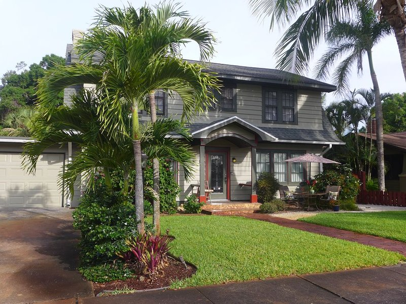 Coconut Palm - 2nd Floor apt.in Green Palm Villa