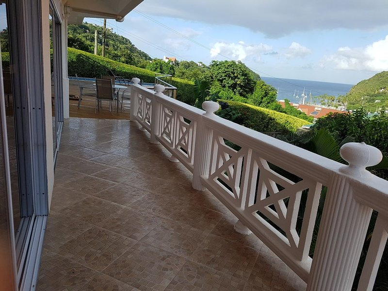 CASA VISTA - SAFE HAVEN/SEPARATED/SECURED/SANITIZED, holiday rental in Anse La Raye