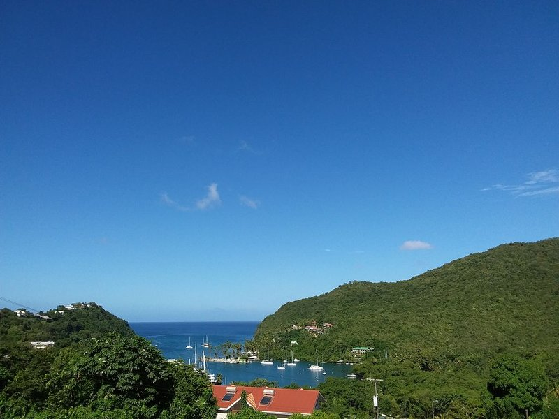 CASA VISTA (2)-THE ULTIMATE ISLAND HIDEAWAY/  VIEWS/SEPARATED/SECURED/SANITIZED, holiday rental in Castries