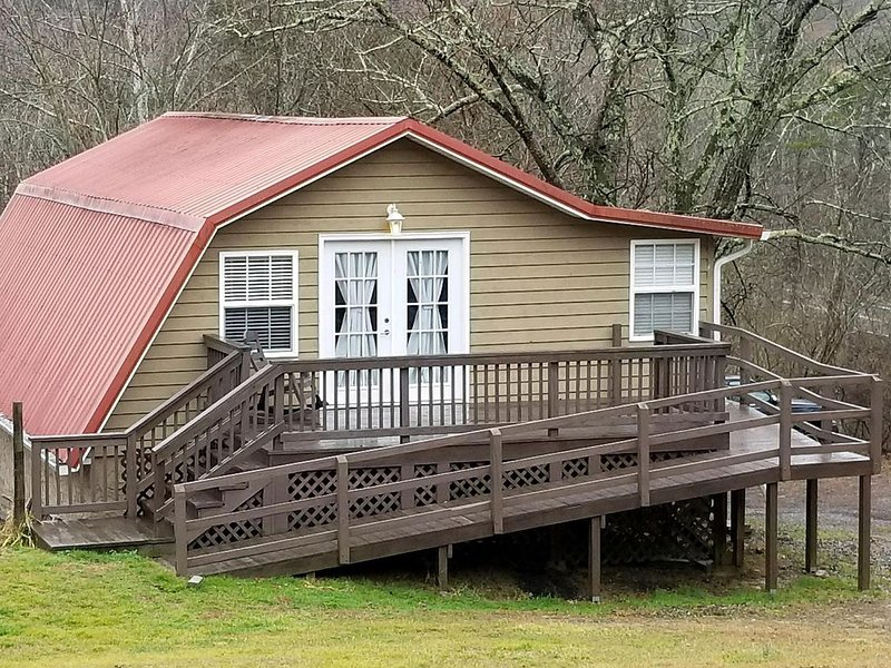 Rock Creek Guesthouse, vakantiewoning in Chickamauga