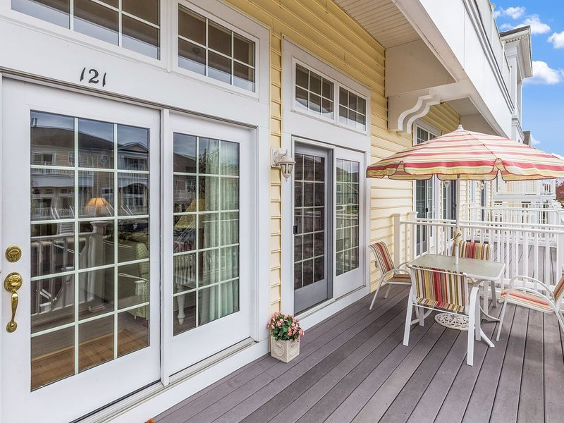 Beautiful Villa in Outstanding Resort Community, holiday rental in Ocean View