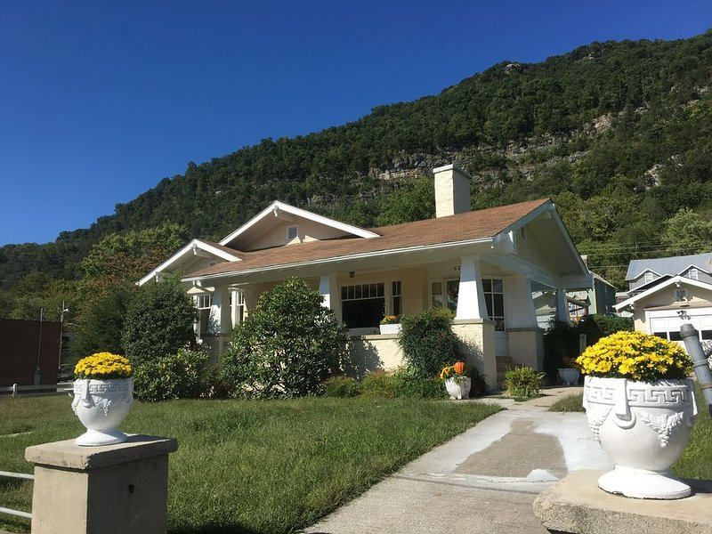 1928 Home in the Heart of Cumberland Gap, casa vacanza a New Tazewell
