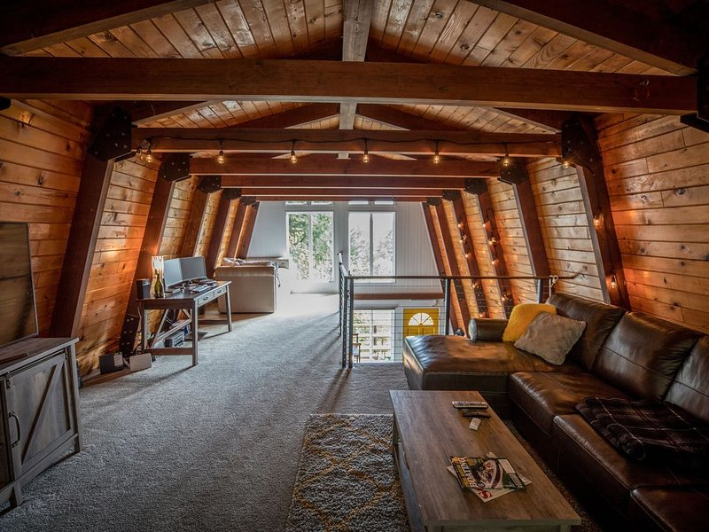 � Instaworthy Views � Exclusive Privacy � Wildlife Haven, holiday rental in North Bend