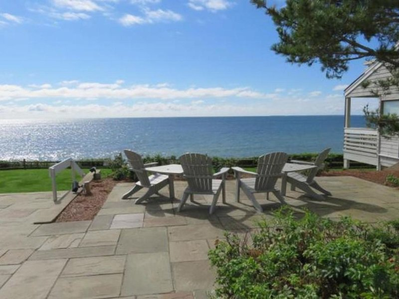 2 bedrooms 2 baths Oceanfront condo in New Seabury, vacation rental in Mashpee