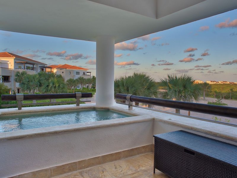 Condo w/ mini pool and Balcony - 15 min from PUJ, vacation rental in Punta Cana