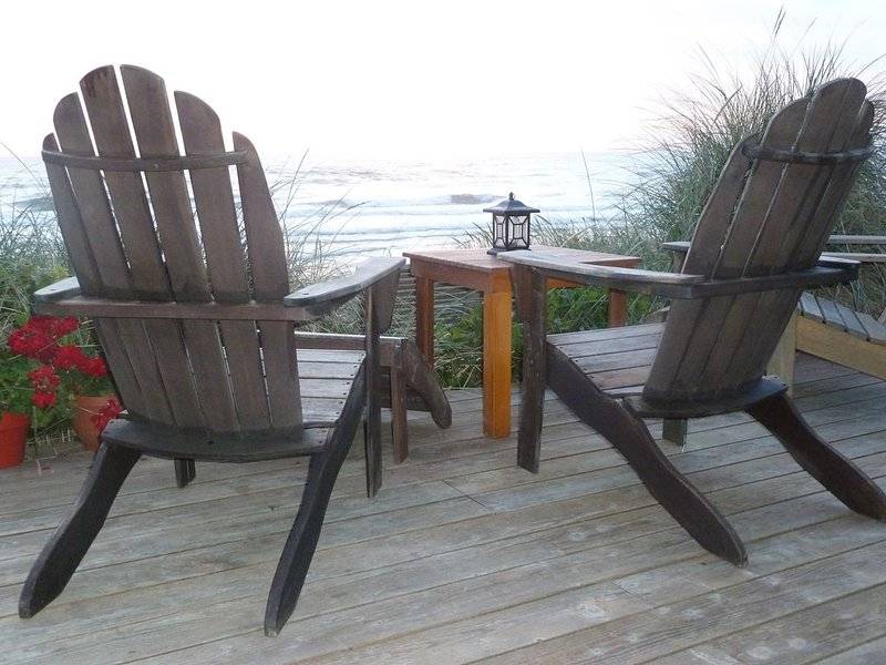 KNOT VERY LODGE, Oceanfront Home, Rockaway Beach, OR., location de vacances à Rockaway Beach