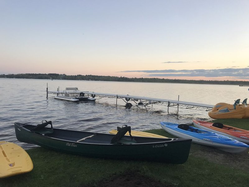 **Winter Getaway** Family Friendly Lake House for your perfect vacation, alquiler vacacional en Wausaukee