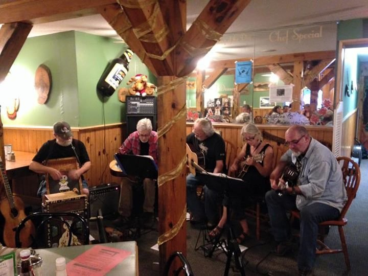 Live music Saturday nights during the summer months.