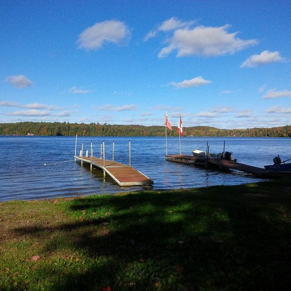 Dock Side Cabin In North Frontenac, holiday rental in Lennox and Addington County