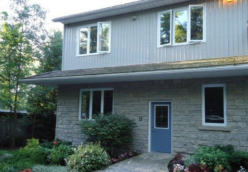 Greystone Annex - Kemble, Ontario, Canada, holiday rental in Red Bay