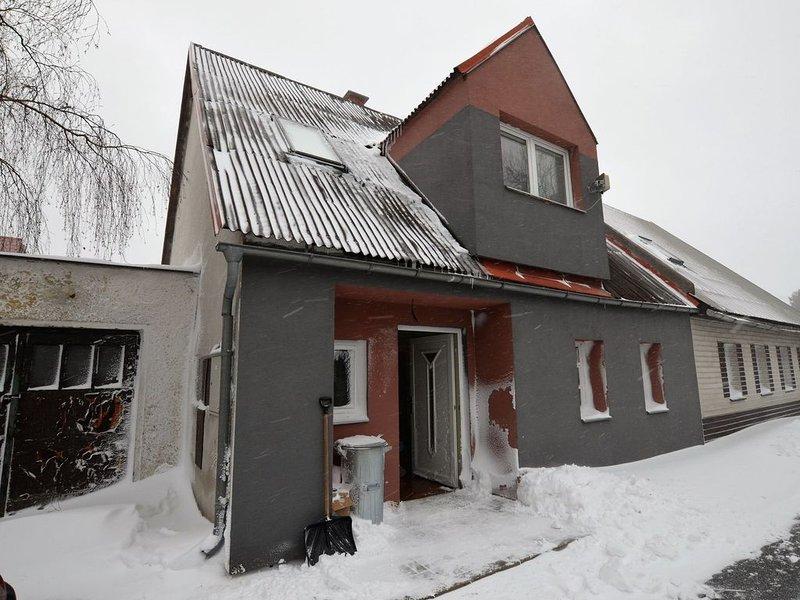 Comfy Holiday Home near Forest in Medenec, vacation rental in Loucna pod Klinovcem