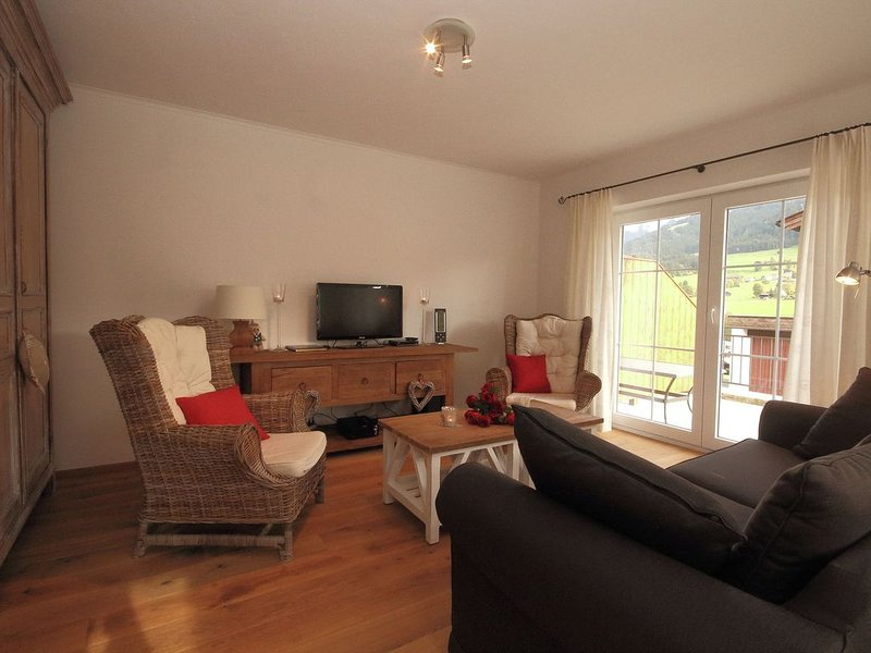 Modern Holiday Home in Brixen im Thale Tyrol near Ski Area, holiday rental in Brixen im Thale