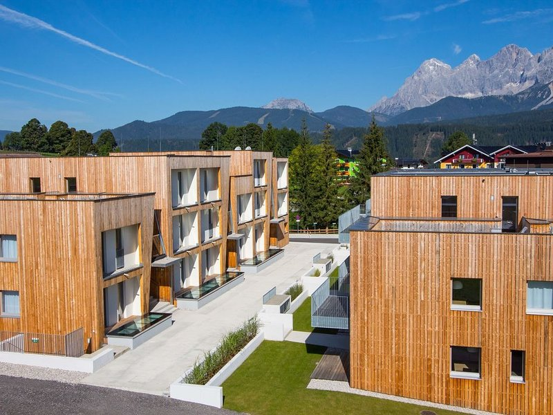 Modern Apartment near Ski Area in Schladming, vacation rental in Schladming