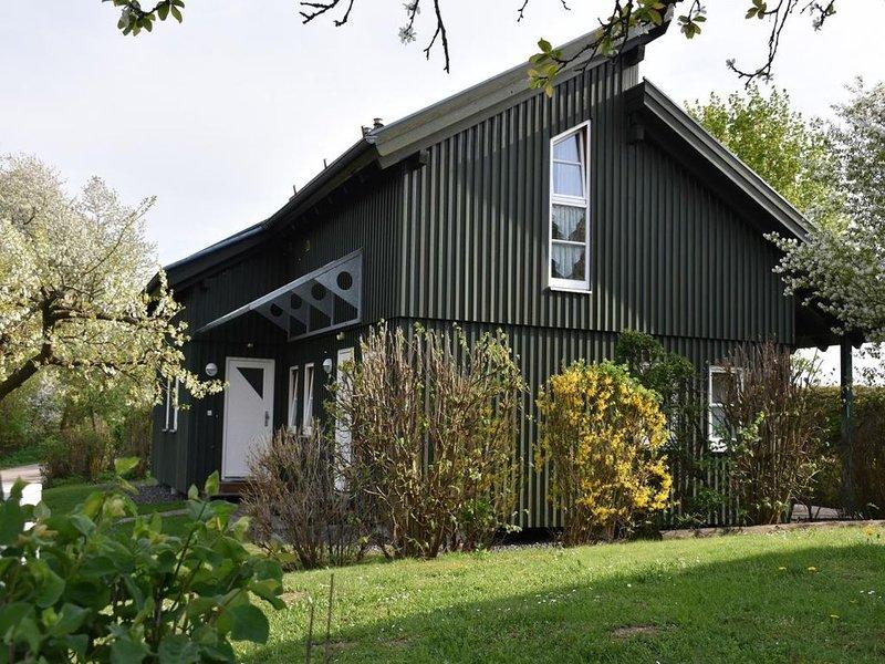 Ferienhaus Waldmünchen Td 50qm bis 4 Pers (8d) WLAN und Erlebnisbadnutzung inkl, holiday rental in Waldmunchen