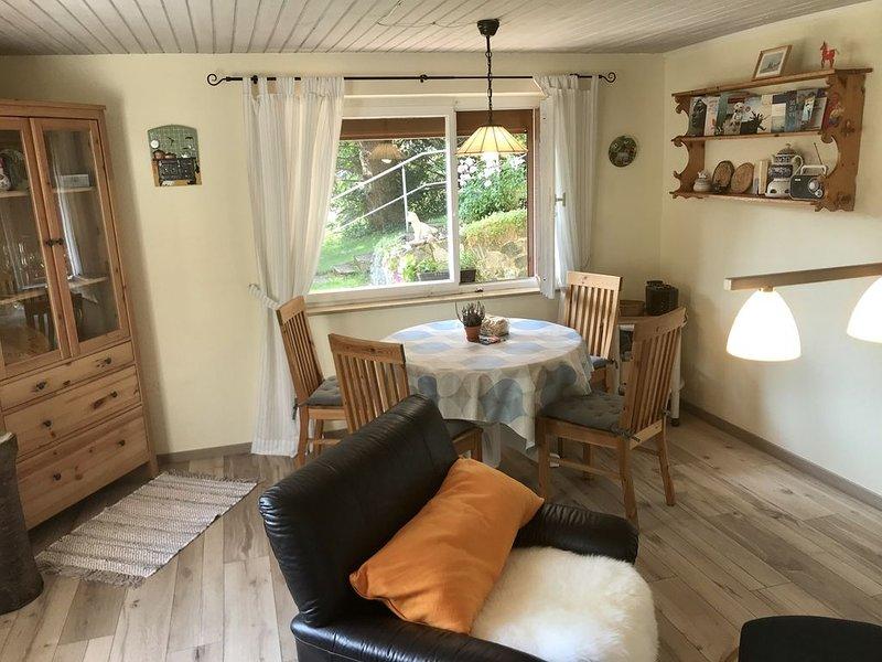 Ferienwohnung Robin, 54 qm, 1 Schlafzimmer, max. 3 Personen, vacation rental in Titisee-Neustadt