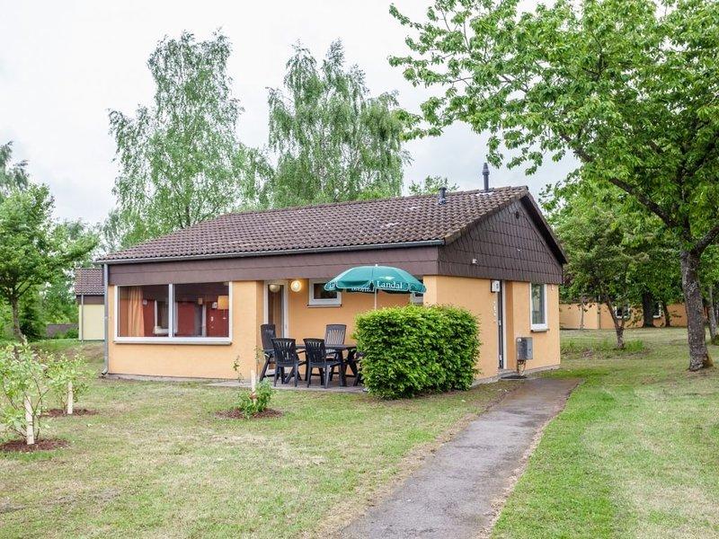 6-Personen-Ferienhaus im Ferienpark Landal Warsberg, holiday rental in Weiskirchen