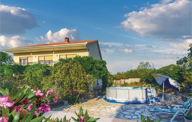3 Zimmer Unterkunft in Radosic, holiday rental in Rudine