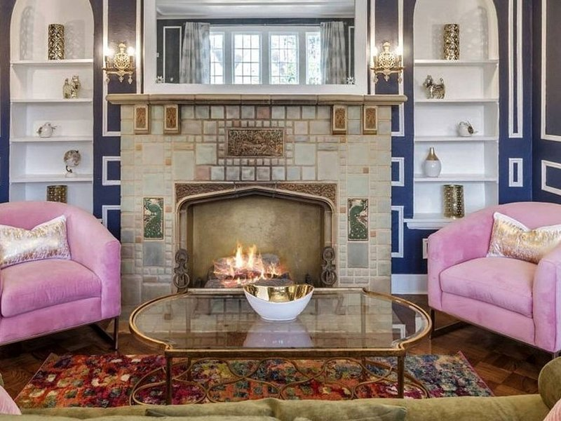 Capitol Library-historic elegance, cool & comfy, holiday rental in Oklahoma City