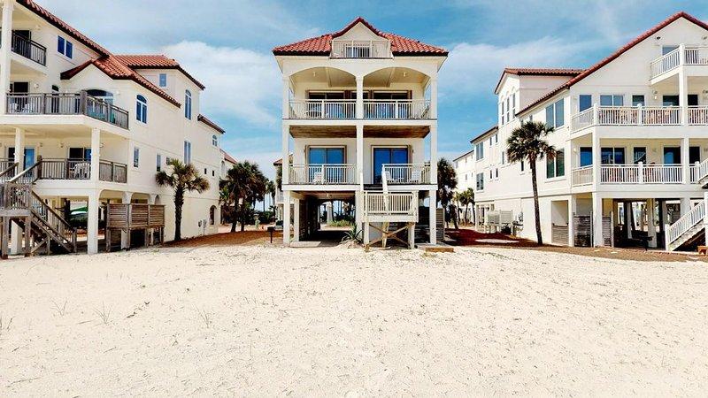 FREE BEACH GEAR! Beachfront, Pets OK, Private Boardwalk, Elevator, 5BR/4.5BA 'Ce, holiday rental in Carrabelle