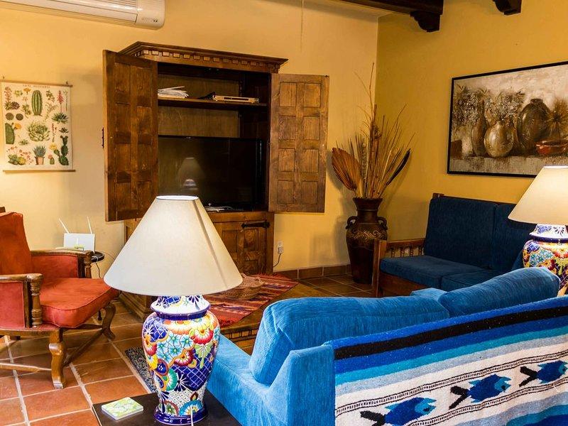 Casa Vista del Mar, 2 BR & 2.5 BA, Amazing Ocean View, Ferienwohnung in Ensenada Blanca