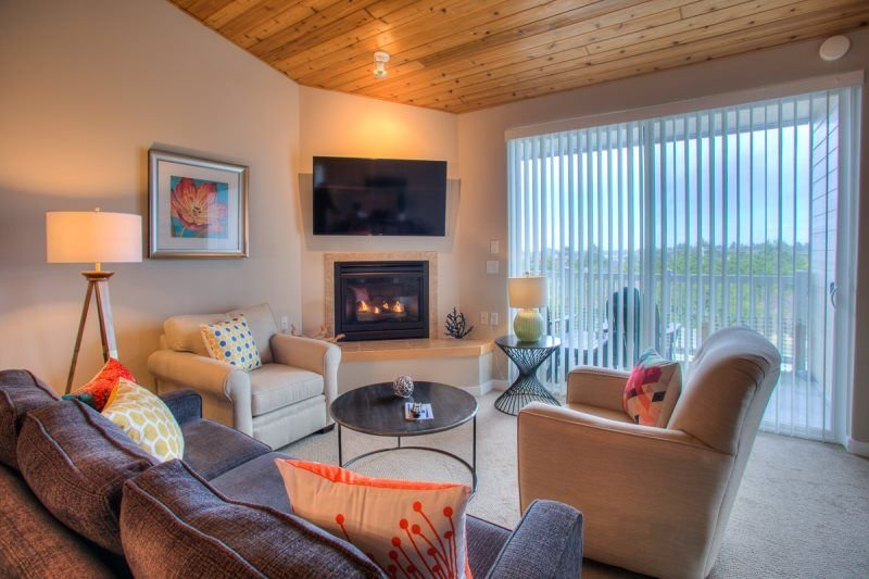 Bay Views & Charming Accents create a Relaxing Vacation!, location de vacances à Ocean Shores