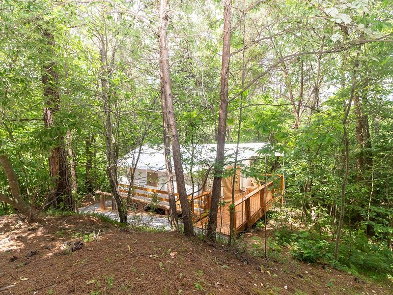 Glamping at Copperhill - 'The Prospector', vacation rental in Ducktown