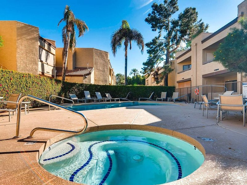 52nd St #127, holiday rental in Phoenix