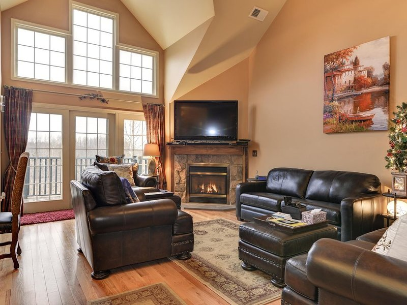 BCS 09- 23 M - Winding Meadows - Mtn Creek Resort - Deck-Lake-Pools-100 inch TV, Ferienwohnung in Vernon