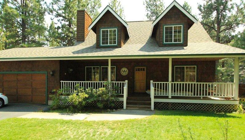 Tollgate Charmer - Sleeps 6- 8, Seasonal Pool - Sisters Vacation Home Rental in, vacation rental in Sisters