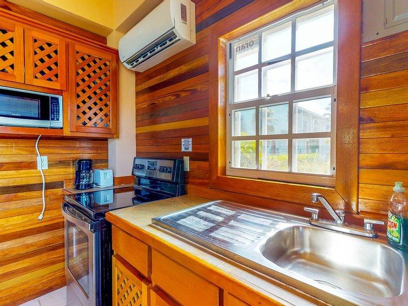 Los electrodomésticos que necesita para preparar sus comidas están disponibles en la cocina.