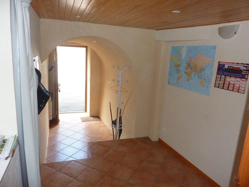 La Bergerie ** Saint-Genès Champanelle 63122 aux portes des volcans d'Auvergne, aluguéis de temporada em Orcines