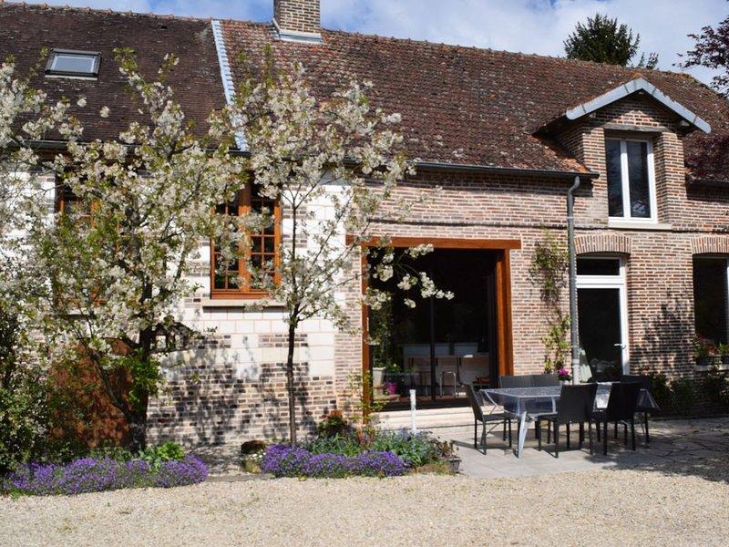 gîte 'la Maison d'Eléonore' à 20 minutes de Troyes, holiday rental in Saint-Mards-en-Othe