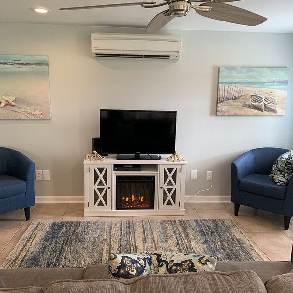 Furnished Beach House walking distance to the Beach.  Lots of room for a boat. – semesterbostad i Mexico Beach