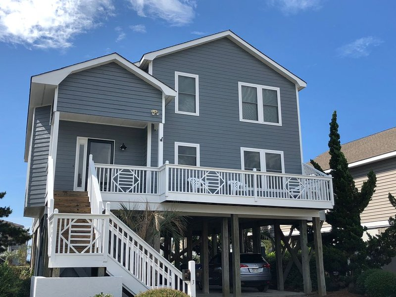 2200 SF 5 Bed/4 Bath Beach Home, Island Park OIB - w/recent significant updates!, vacation rental in Brunswick