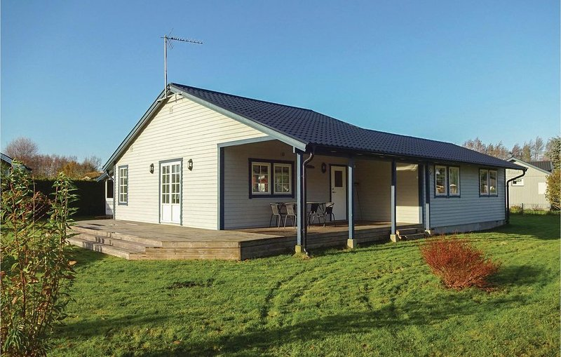 3 Zimmer Unterkunft in Beddingestrand, vacation rental in Svedala
