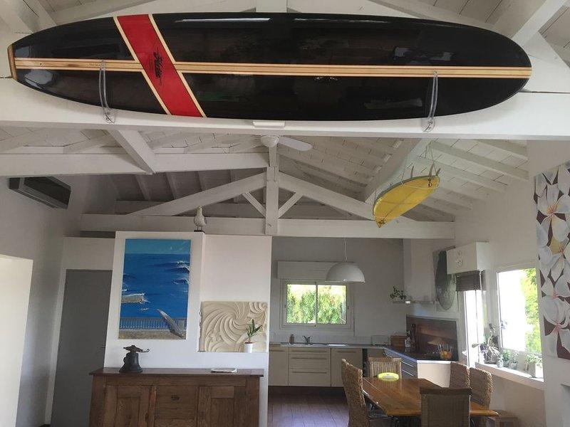 Villa BIDART ,piscine chauffée,au calme et sans vis à vis,proximité des plages, vacation rental in Ahetze
