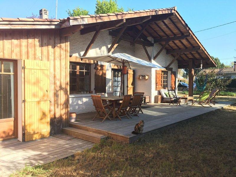 Maison à Arès - 50m de la plage et du club de voile - Bassin d'Arcachon, location de vacances à Claouey