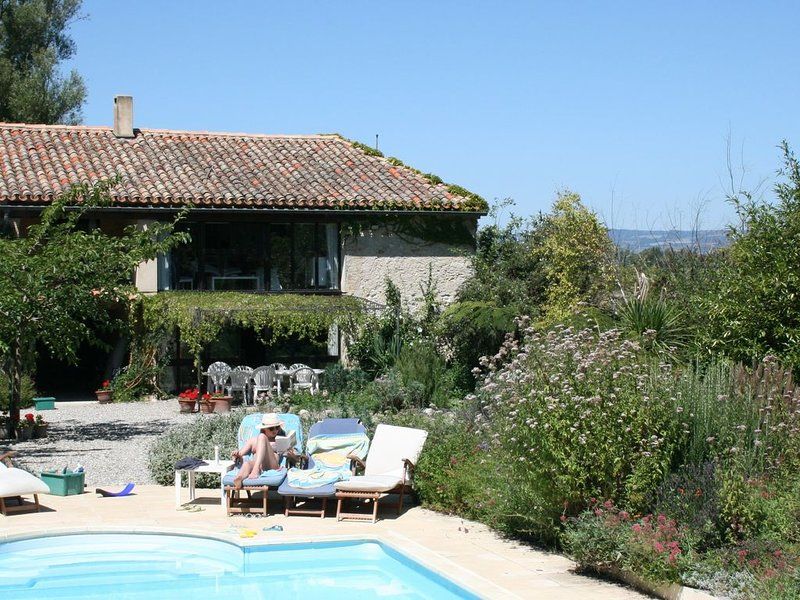 Attractive stone house in rural location with pool and attached gite, vacation rental in Pech-Luna