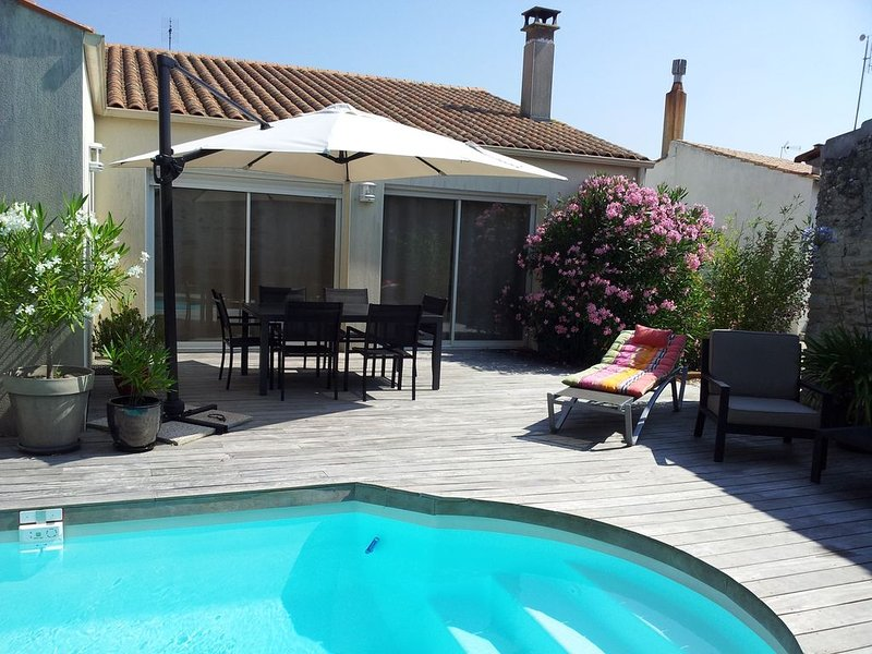 Maison à louer - La Rochelle - Lhoumeau, vacation rental in La Rochelle