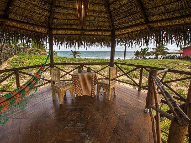 Luxurious Villa on Brazil's Best Beach, alquiler vacacional en Mata de Sao Joao