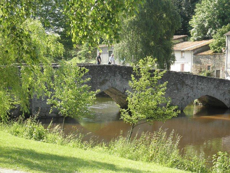 Stone Bridge - 2 minute walk away